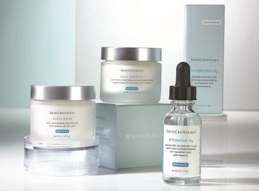 Preparaty SkinCeuticals stosowane przy zabiegu kojącym dla skóry wrażliwej